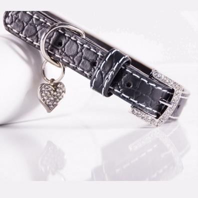 Black Collar w Rhinestones and heart charm