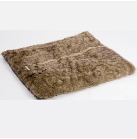 Blanket with fur brown