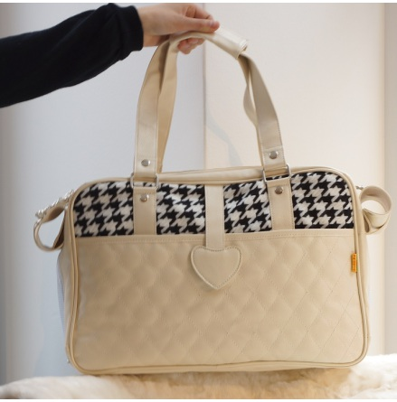 Bag Creme w dogtooth pattern