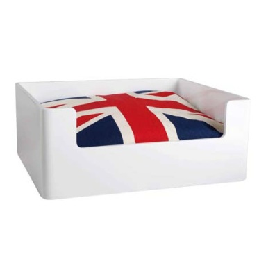 WOODEN BED WHITE