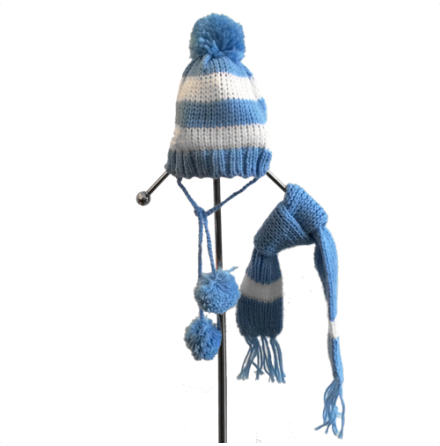 Knitted hat with Scarf Blue