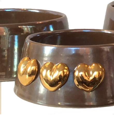 Handmade Ceramic Bowl w. Gold Plated Hearts - Nougat