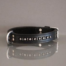 BLACK COLLAR IN LEATHER W RHINESTONES