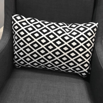 Toulouse Cushion - Black/White 50x30cm
