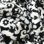 Lux Cuddle Blanket - Lillys Black/White