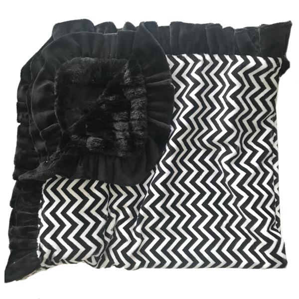 Lux Cuddle Blanket - Chevron Black/White