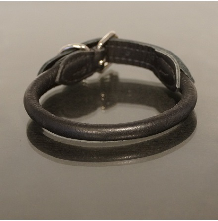 BLACK ROLLED SOFT BUFFALO LEATHER COLLAR